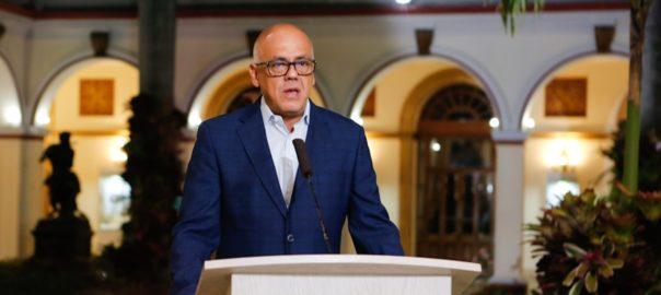 Suspendidos vuelos desde República Dominicana y Panamá hacia Venezuela